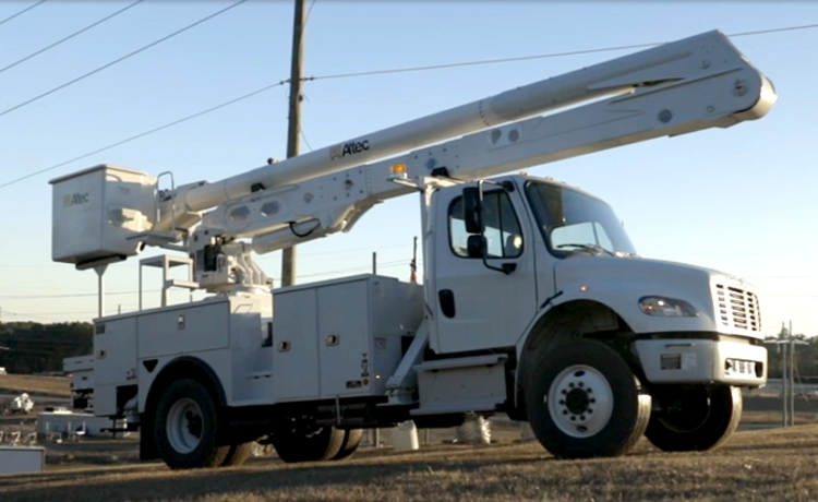Altec AA & AN Aerial Devices with Load Monitoring Basic Operating Video (FREE)
