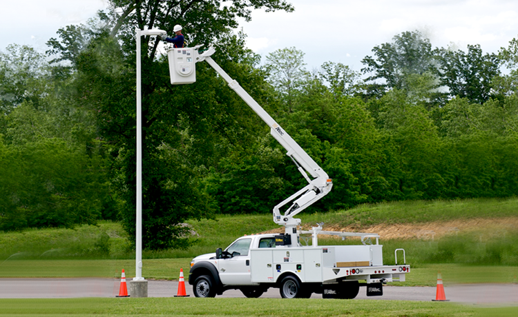 Altec Sentry Non-Insulating Aerial Device Professional Operator Safety Training
