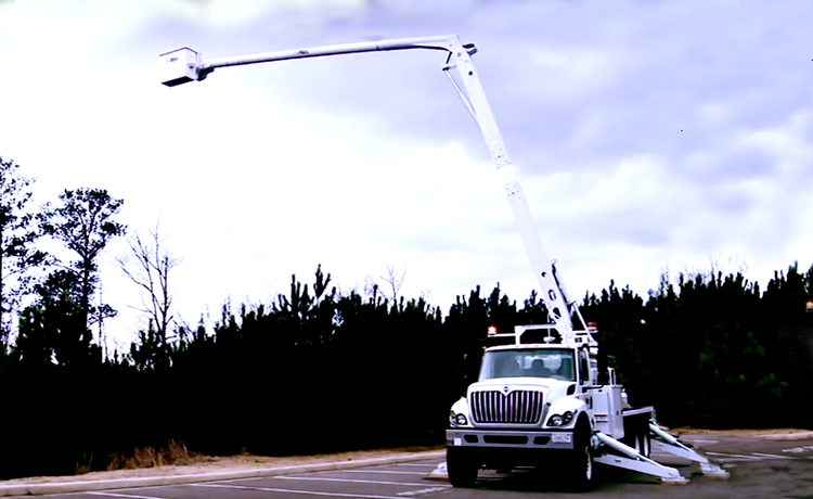 Altec AA and AN Elevator Series Aerial Device Basic Operating Video (FREE)